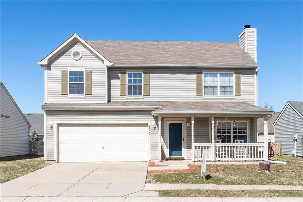 11228 Fountainview Ln, Fishers, IN 46038