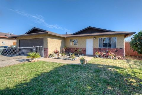51 Flying Cloud Dr, Oroville, CA 95965