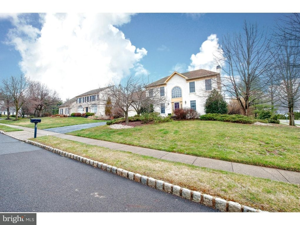 100 Garden Ridge Cir, Yardley, PA 19067 - realtor.com®