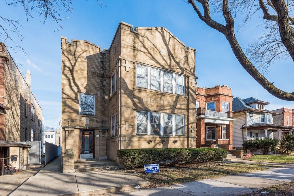 5154 W Montrose Ave Chicago, IL 60641