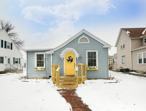107 5th St Nw, East Grand Forks, MN 56721