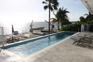 Photo of 1733 Sunrise Dr, Big Pine Key, FL 33043