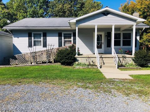252 Cole Ln, Coal City, WV 25823