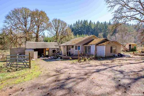 Photo of 41222 Highway 228, Sweet Home, OR 97386
