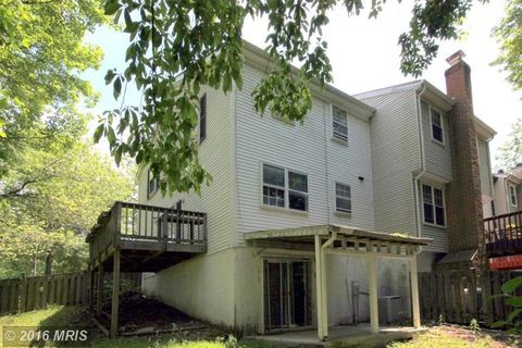 8464 Snowden Oaks Pl, Laurel, MD 20708