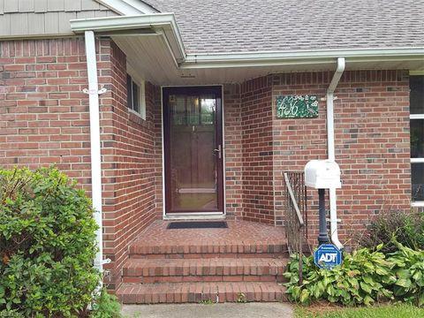 Photo of 436 Thole St, Norfolk, VA 23505