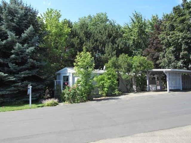 2601 N Barker Rd Trlr 124 Otis Orchards, WA 99027