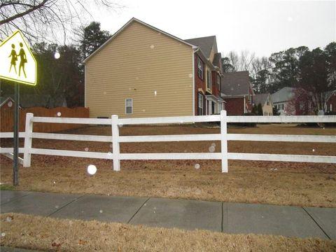 Photo of 1612 Taylor Oaks Rdg, Lawrenceville, GA 30043