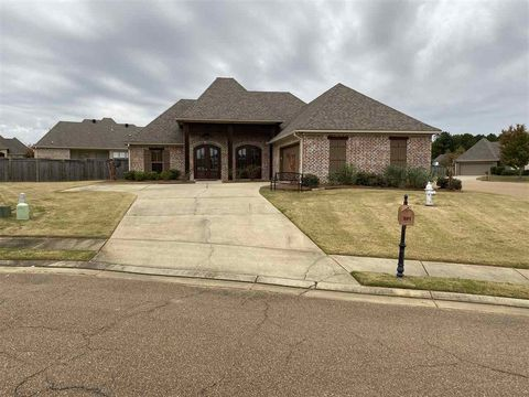 Photo of 301 Tifton Ct, Madison, MS 39110