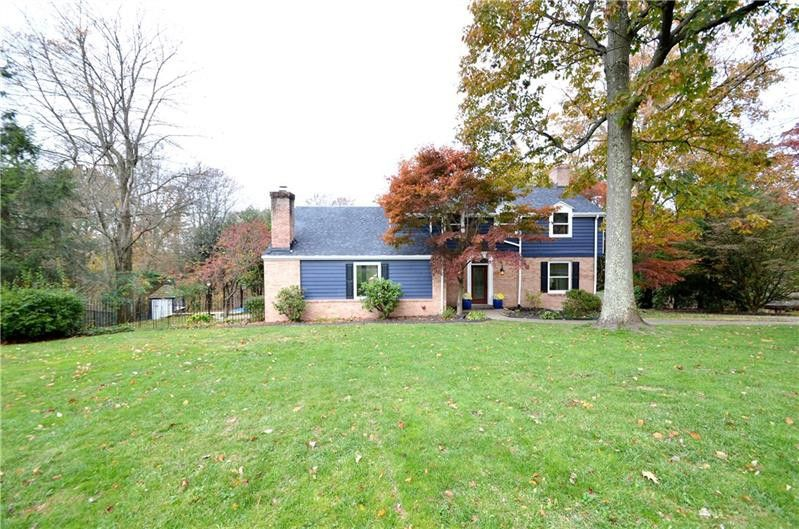 216 Dilworth Rd Bell Acres, PA 15143