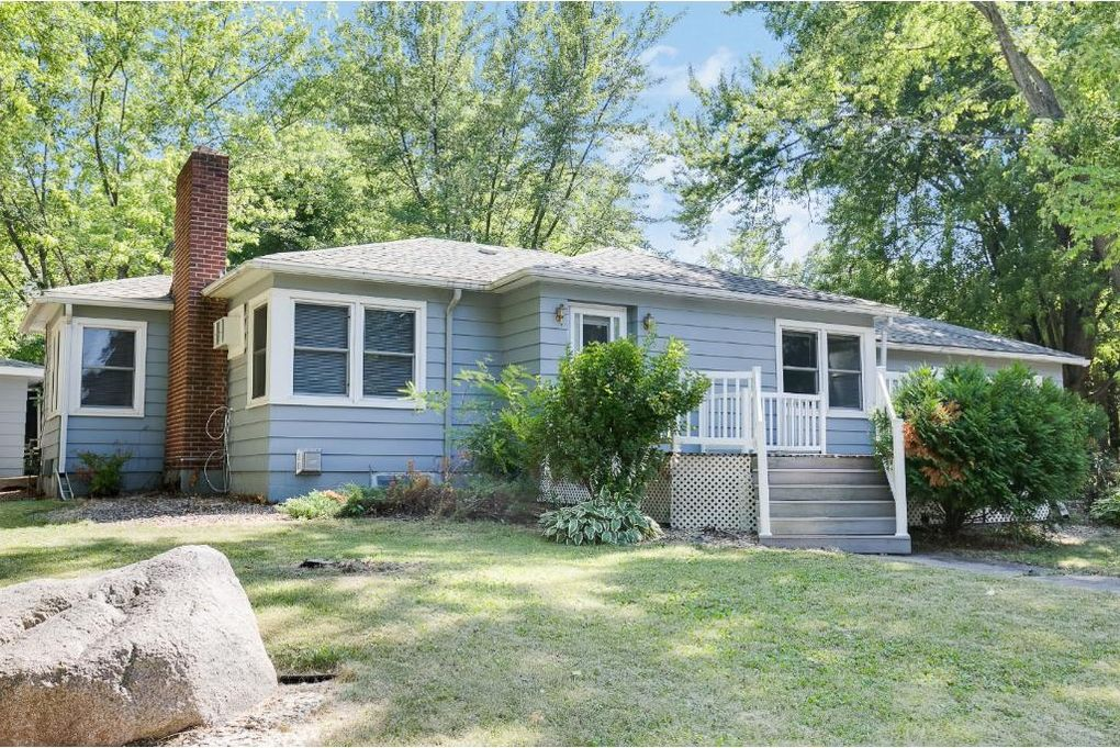 507 Franklin Ave, Waverly, MN 55390 - realtor.com®