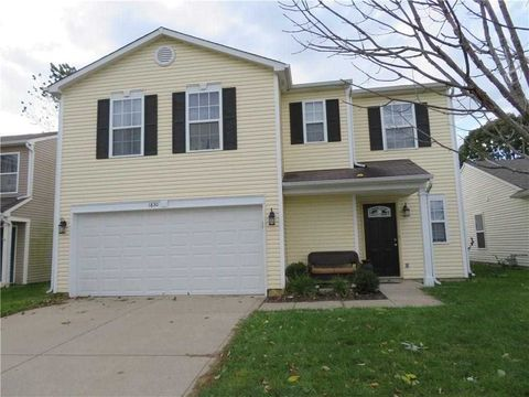 1830 Blue Pine Ln, Indianapolis, IN 46231