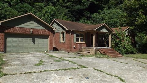 721 Fords Gap Rd, Auxier, KY 41602
