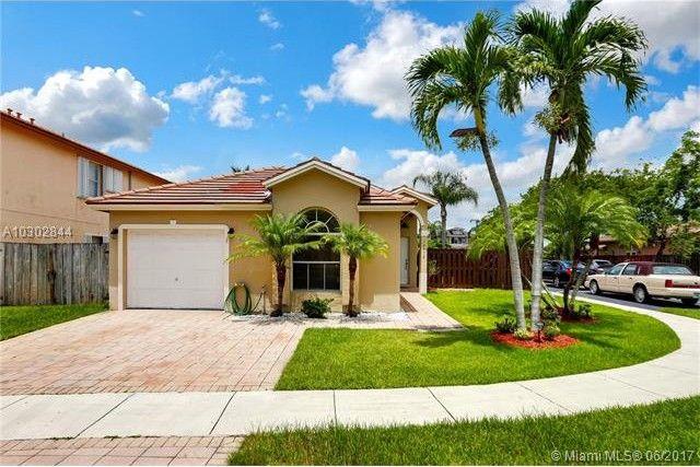 14712 Sw 155th Pl, Miami, FL 33196