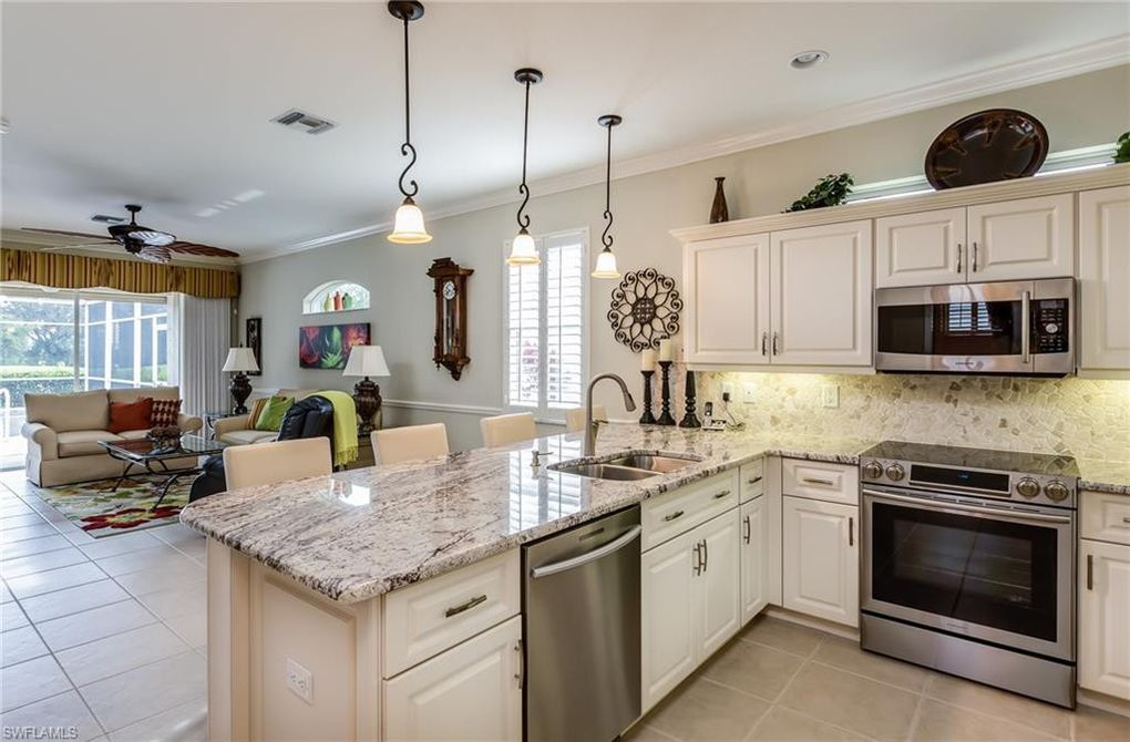 8375 Langshire Way, Fort Myers, FL 33912