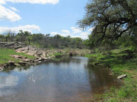 Photo of 13311 N Highway 16, Llano, TX 78643