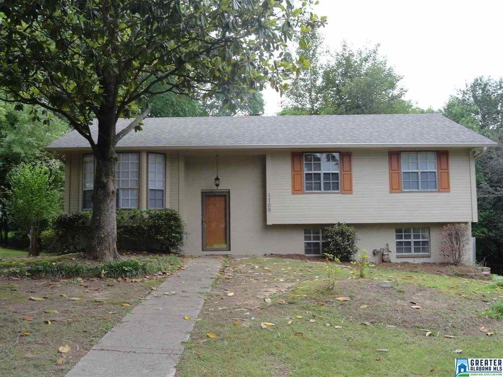 1709 Gardenridge Rd, Gardendale, AL 35071