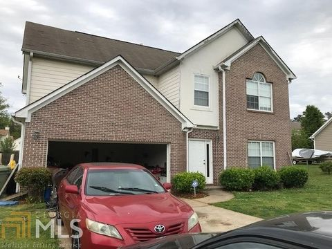 Photo of 348 Tara Beach Dr, Jonesboro, GA 30238