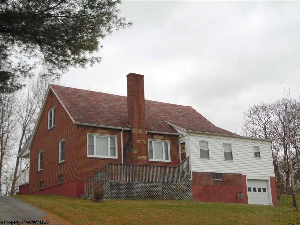 107 Island Ave Buckhannon, WV 26201