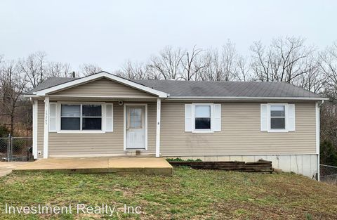Photo of 15265 Transit Rd, Saint Robert, MO 65584
