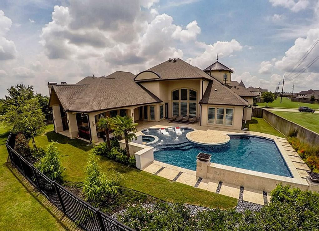 4510 Royal Bend Ln, Sugar Land, TX 77479