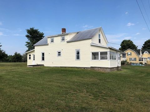 41 Stratton Hill Rd, West Chazy, NY 12992