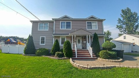 Riverdale Nj Houses For Sale With Swimming Pool Realtor Com