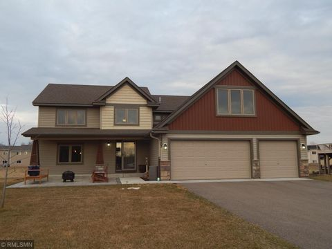 Photo of 29305 Scenic Dr, Chisago City, MN 55013