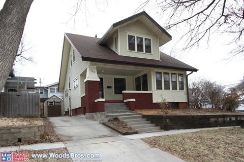 544 S 28th St, Lincoln, NE 68510