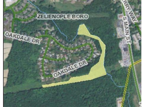 S Of Oakdale Dr Zelienople PA 16063