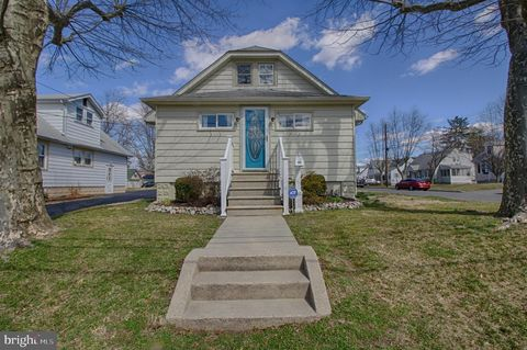 Photo of 21 W Del A Vue Ave, Carneys Point, NJ 08069