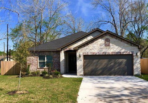 Photo of 409 Elm Lake Dr, Houston, TX 77336