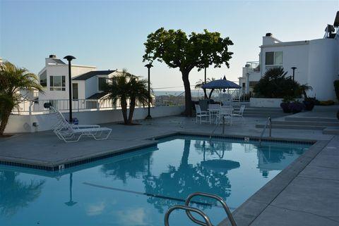 335 Arcaro Ln, Solana Beach, CA 92075