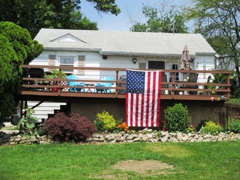 1135 N Lake Shore Dr Decatur IL 62526