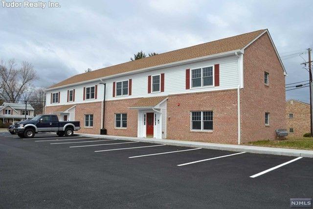 81 B Berthoud St Unit B, Park Ridge, NJ 07656