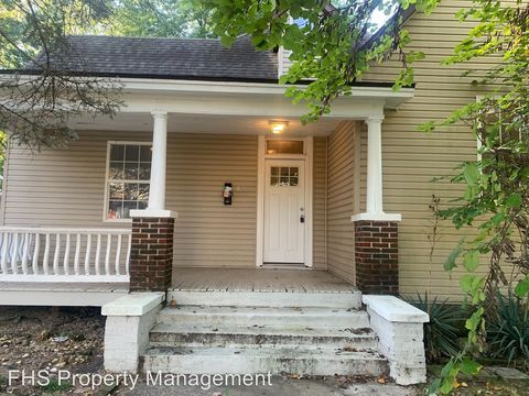 Photo of 826 W Webster 826 W Webster, Springfield, MO 65802