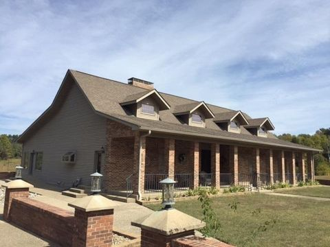 8340 S Private Road 235 W, Commiskey, IN 47227