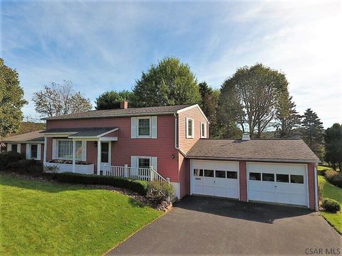 106 Champagne Dr, Johnstown, PA 15905