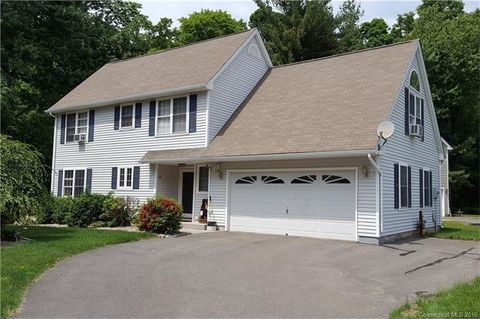 70 Fitch Meadow Ln, South Windsor, CT 06074