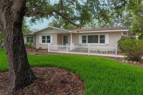 Photo of 1362 Braman Ave, Fort Myers, FL 33901
