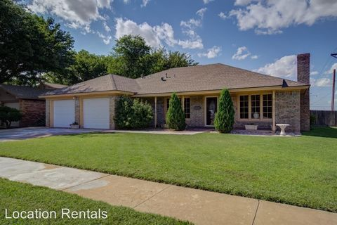 Photo of 3402 75th St, Lubbock, TX 79423
