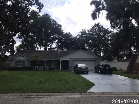 5316 Royal Oak Dr, Fruitland Park, FL 34731