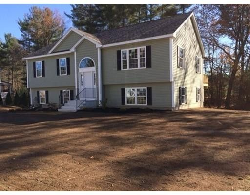 18 Nelson Way Barre, MA 01005
