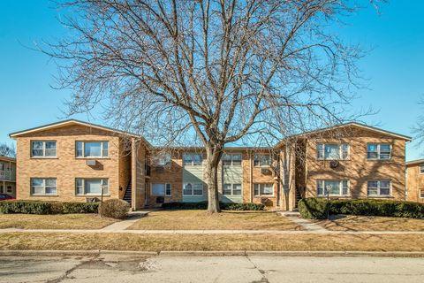 Photo of 113 N Hayward St Unit 113, Woodstock, IL 60098