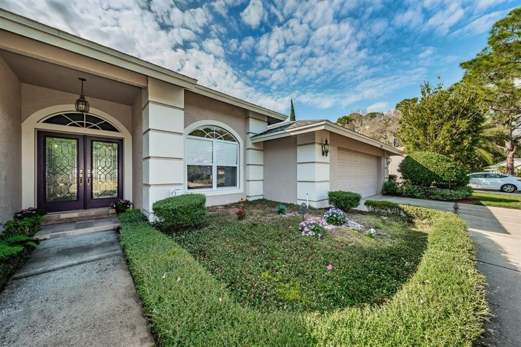 436 Centerwood Dr, Tarpon Springs, FL 34688