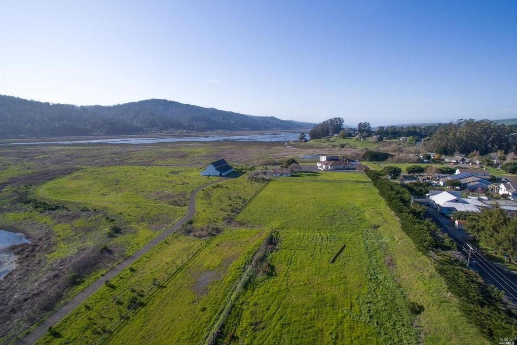point reyes station hispanic singles Full real estate market profile for point reyes station this is a small community in a single point reyes station also has a sizeable hispanic.