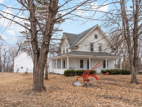 Photo of 101 Jackson Ave Sw, Watertown, MN 55388