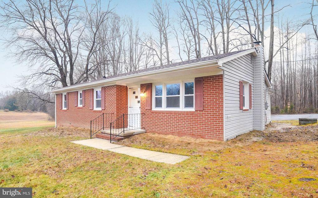 5852 Brandywine Rd Hughesville, MD 20637