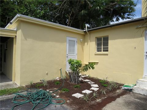 Photo of 2756 1st St, Fort Myers, FL 33916