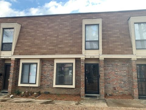 Photo of 6581 Poplar Ave Unit 6581, Germantown, TN 38138